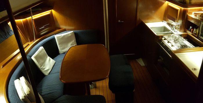 Iluminacion interior for Decoracion barcos interiores