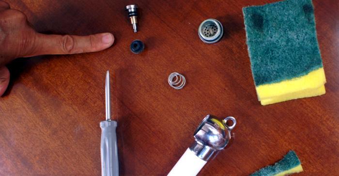 Reparar valvula de ducha lesbos for Como arreglar la llave de la tina del bano